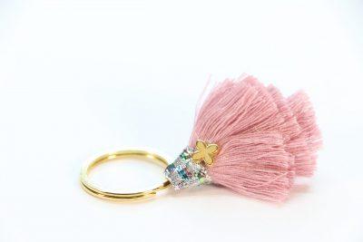 Μαρτυρικό Χρυσό Μπρελόκ Με Dusty Pink Φούντα